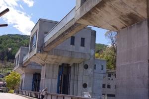 岡谷市にある釜口水門